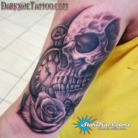 Black and Gray Skull Tattoo Tattoo Thumbnail